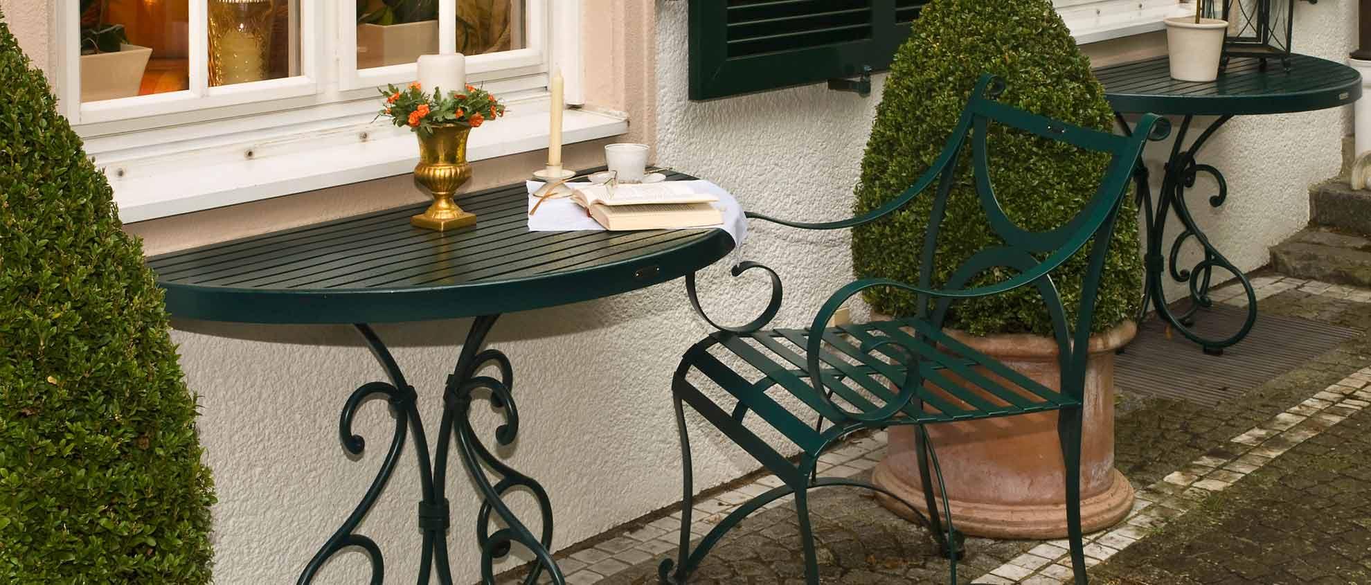 Wandtisch halbrund Edelstahl in Dunkelgrün